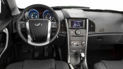 Mahindra XUV500 2019, il posto guida