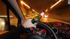 Mai guidare e mettersi al volante!