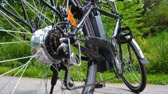 Manutenzione e-bike: occhio all'acqua sul motore