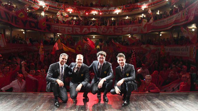Marc Gene, Sebastian Vettel, Mattia Binotto e Charles Leclerc al teatro Valli con i tifosi della Ferrari