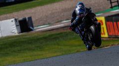 Marco Melandri in pista a Donington
