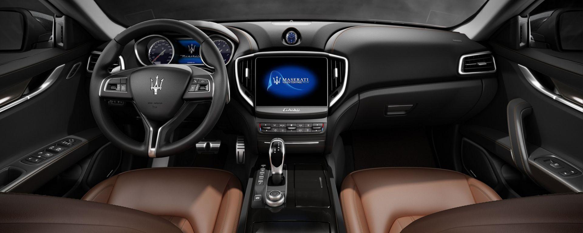 Maserati Ghibli 2017: il restyling al Salone di Parigi