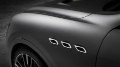 Non è la GTS, ma la Maserati Levante Trofeo V8 che debutta a New York - Immagine: 20