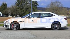 Maserati Quattroporte facelift 2021: laterale