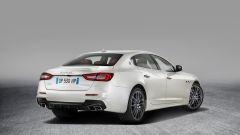 Maserati Quattroporte restyling: il lato-b più hot ha l'estrattore nero