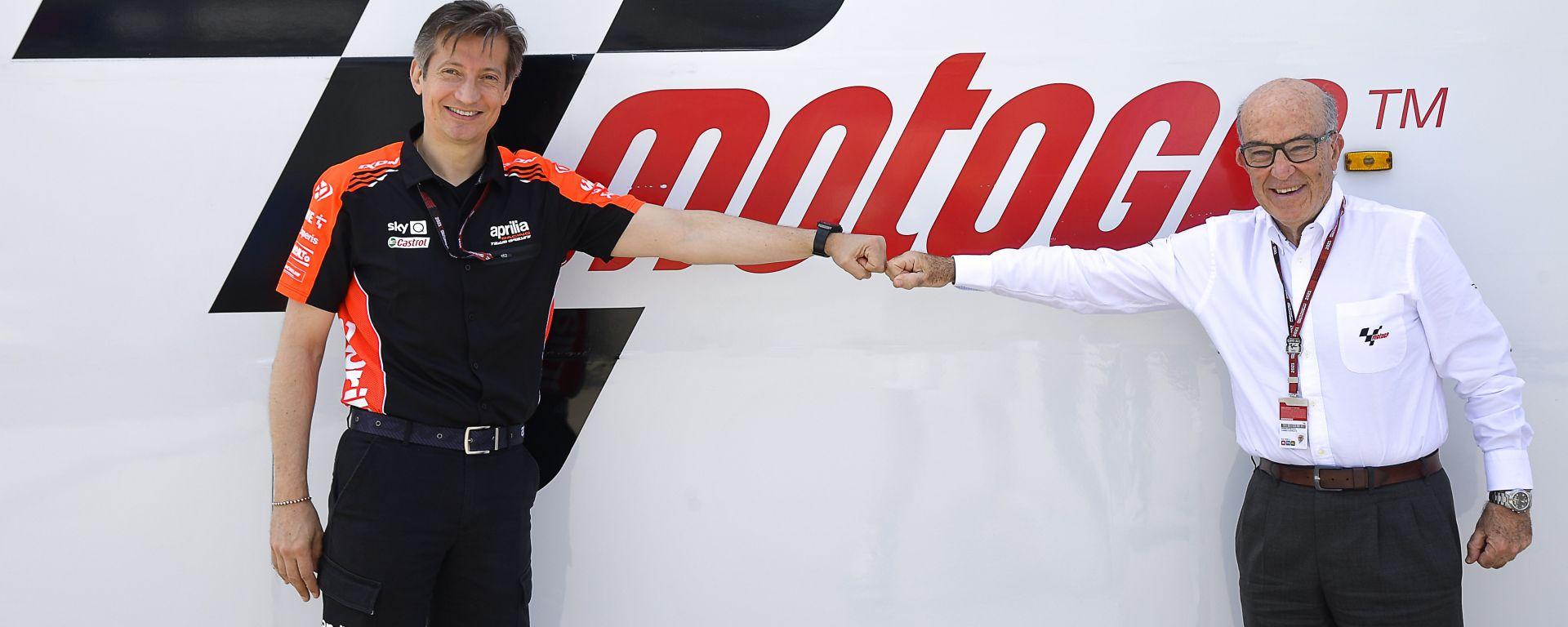Massimo Rivola e Carmelo Ezpeleta sanciscono l'accordo tra Aprilia Racing e Dorna Sports per il periodo 2022-2026
