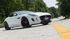 Quando Nadia Toffa girò a Monza su una Jaguar F-Type AWD - Immagine: 3