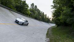 Quando Nadia Toffa girò a Monza su una Jaguar F-Type AWD - Immagine: 34