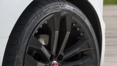 Quando Nadia Toffa girò a Monza su una Jaguar F-Type AWD - Immagine: 44
