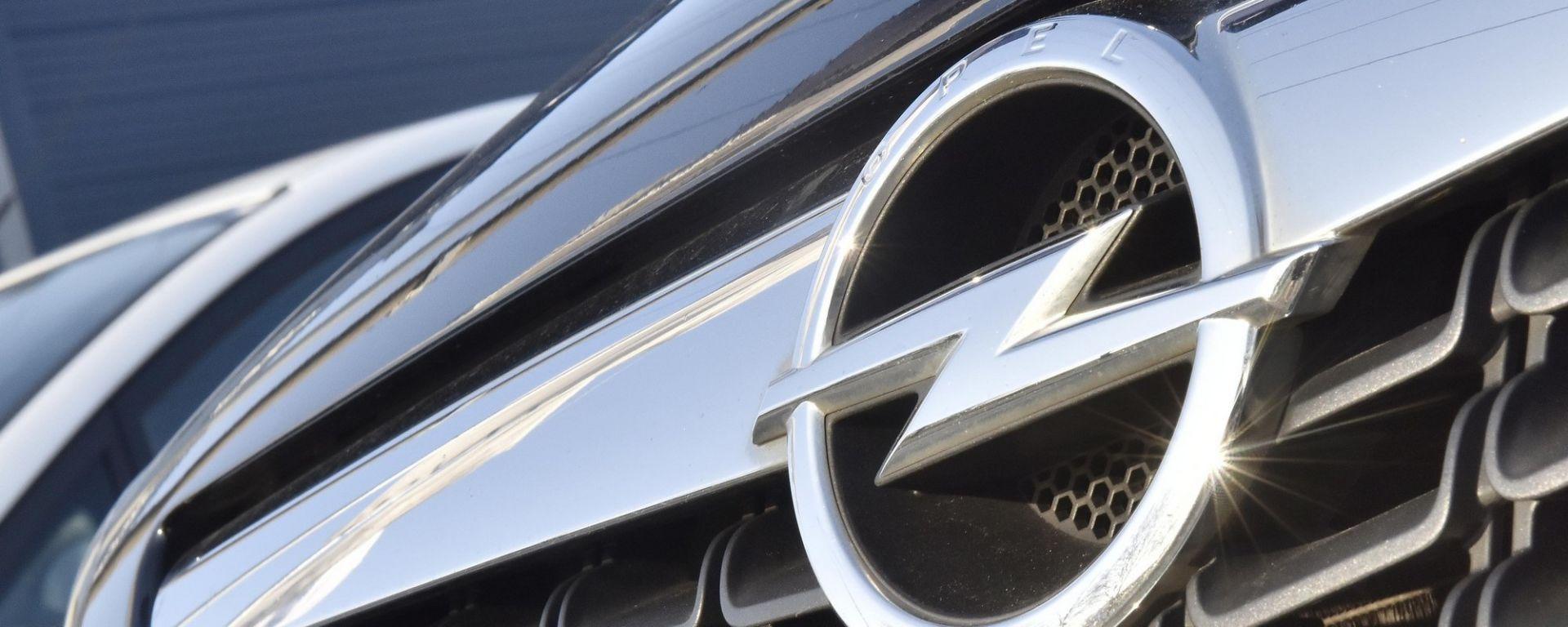Matrimonio Opel-PSA, primi guai in vista