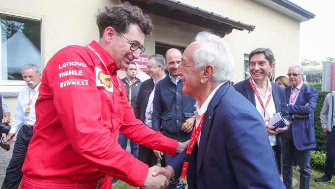 Mattia Binotto con Alberto Bombassei, figlio del fondatore di Brembo, Emilio Bombassei, nel 2019 a Monza