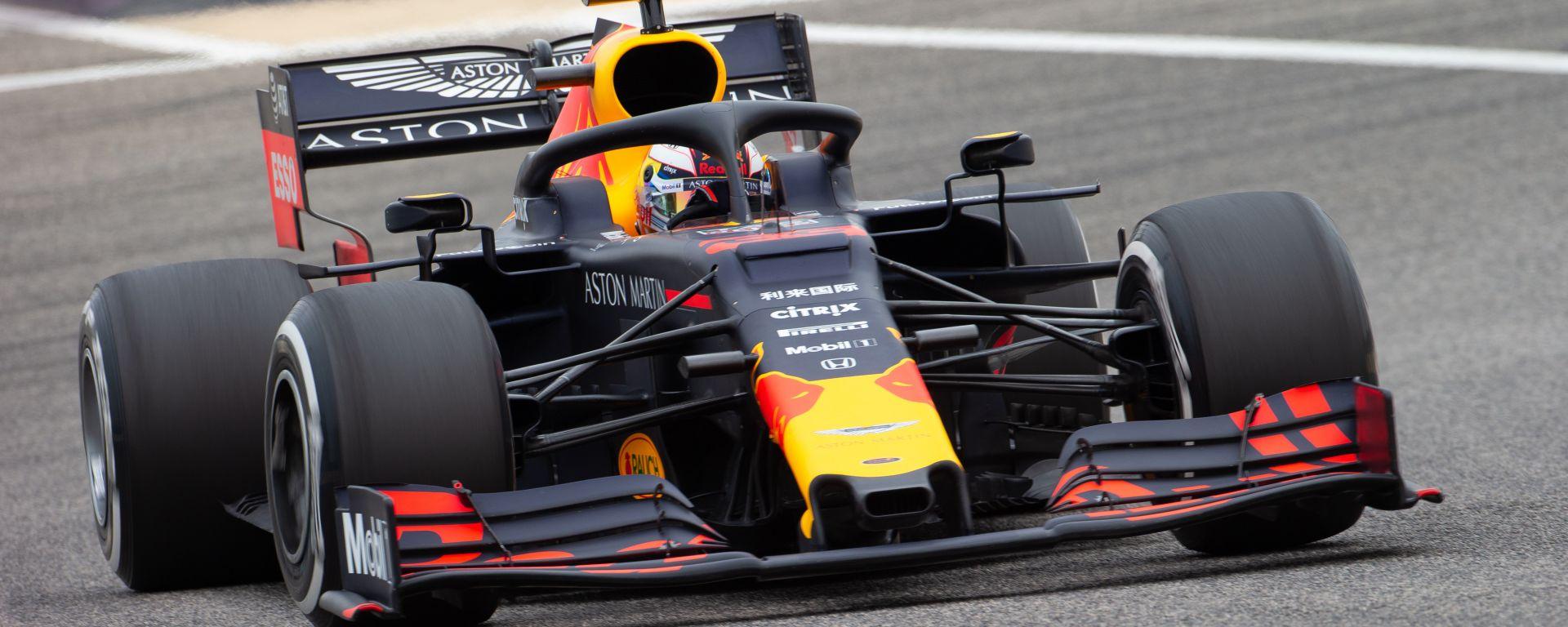 Max Verstappen ha chiuso davanti a tutti la prima sessione di test F1 in Bahrain