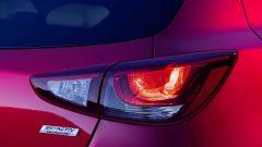 Mazda 2 faro posteriore