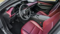 Mazda 3 interni