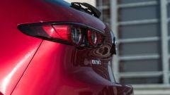 Mazda 3 Skyactiv-D: fari a Led anche dietro