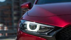 Mazda 3 Skyactiv-D: i fari a Led