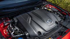 Mazda 3 Skyactiv-X cofano motore