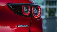 Mazda 3 Skyactiv-X luci posteriori