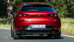 Mazda 3 Skyactiv-x vista posteriore