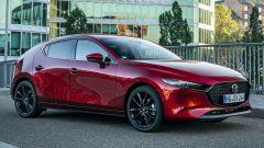 Mazda 3 vista 3/4 anteriore