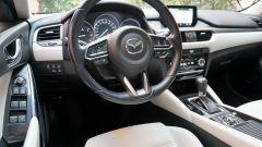 Mazda 6 Wagon 2.2 Skyactive-D AWD automatica: il posto di guida