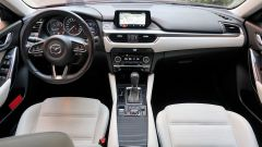 Mazda 6 Wagon 2.2 Skyactive-D AWD automatica: la plancia