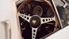 Mazda Cosmo Sport: volante vintage