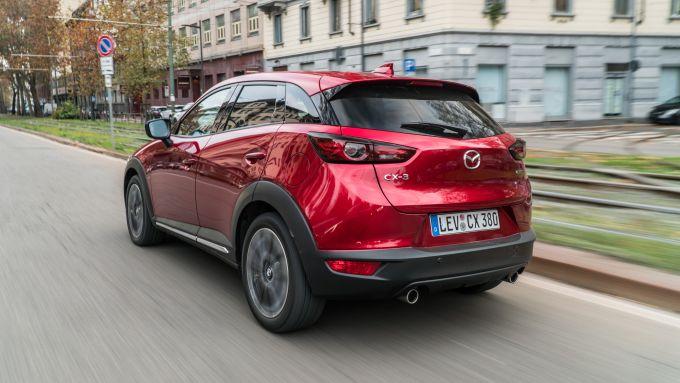 Mazda CX-3 2021: il posteriore