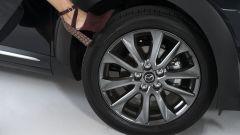 Mazda CX-3 Limited Edition in partnership with Pollini: maestria artigianale - Immagine: 18
