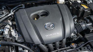 Mazda CX-30: dettaglio del motore
