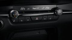 Mazda CX-30: i comandi del climatizzatore automatico