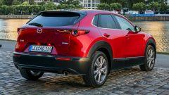 Mazda CX-30 vista posteriore statica