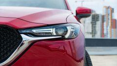Mazda CX-5 .2 Skyactiv-D Exclusive AWD: il faro anteriore