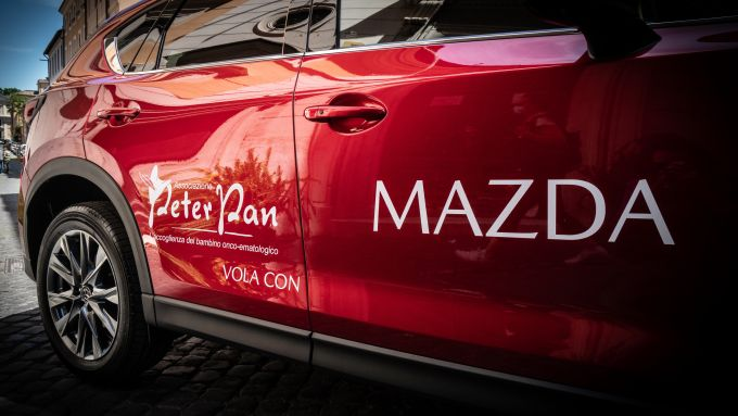 Mazda CX-5 in comodato all'ONLUS Peter Pan