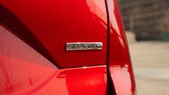 Mazda CX-5 Model Year 2021: badge posteriore