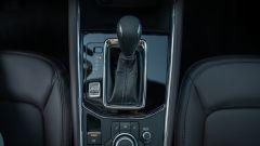 Mazda CX-5 Model Year 2021: leva del cambio
