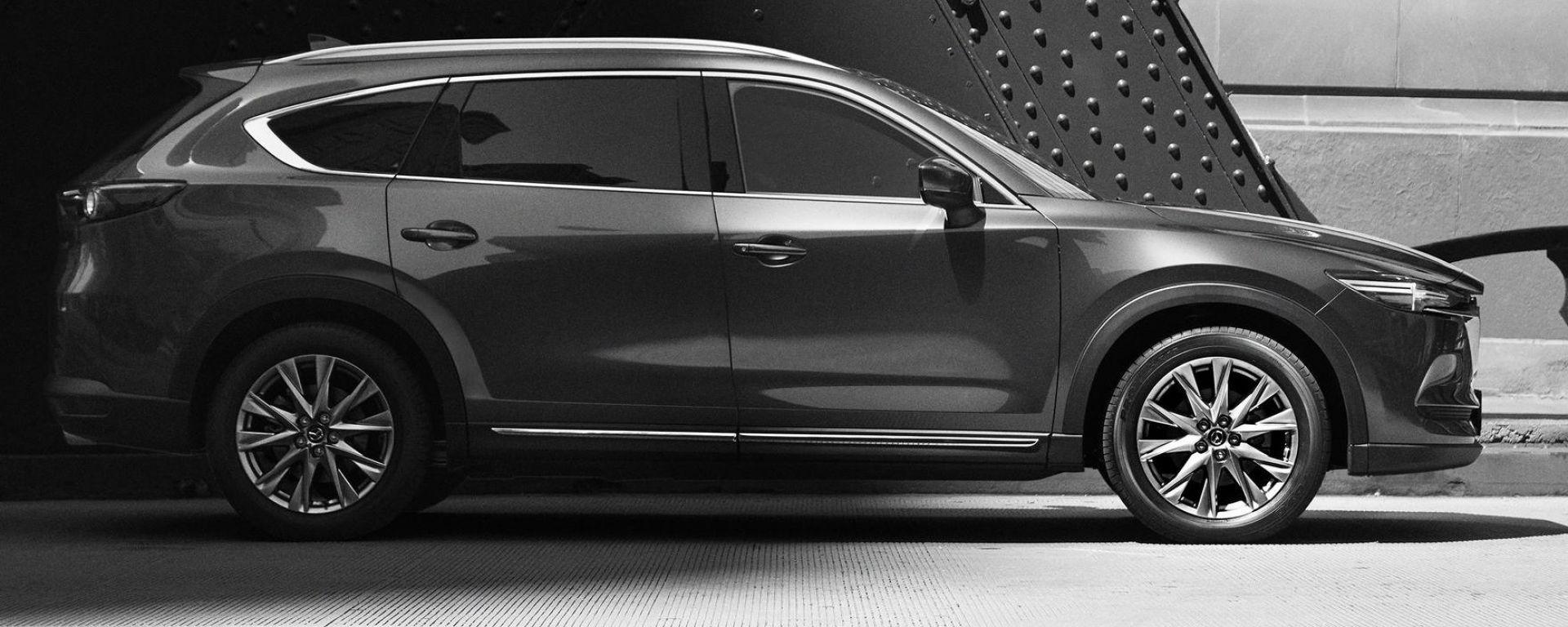 Mazda CX-8, il teaser