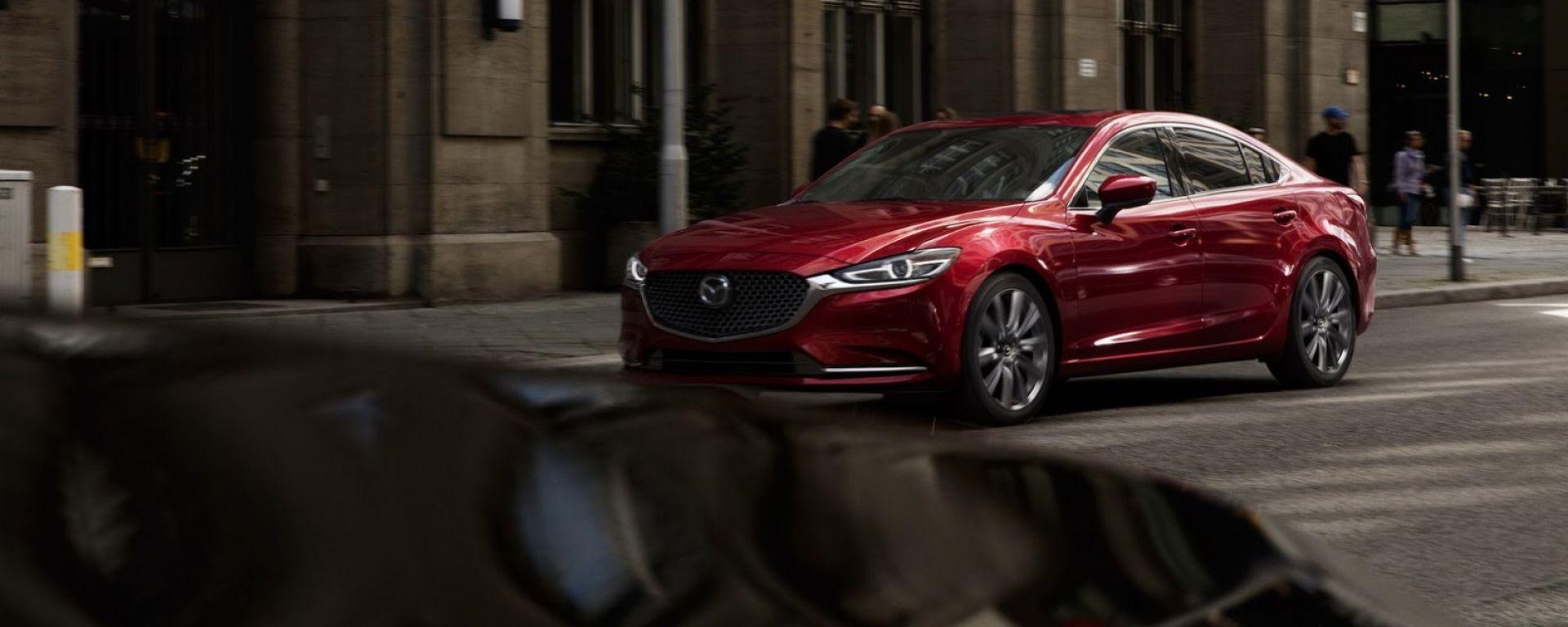 Mazda: nuovi motori Skyactiv-3 più puliti dell'eletrico