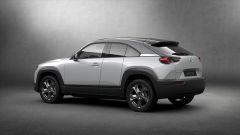 Mazda MX-30 2020: vista 3/4 posteriore