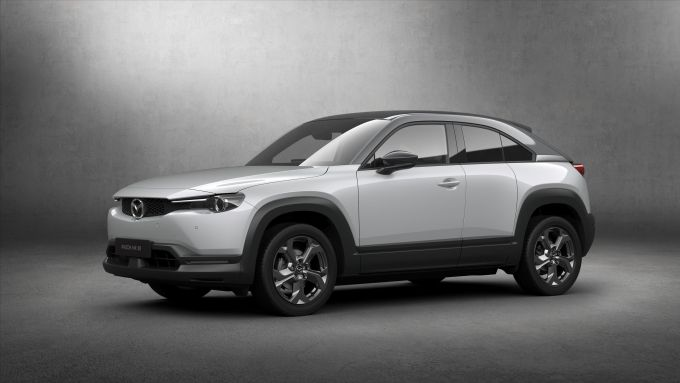 Mazda MX-30: il SUV compatto elettrico è in arrivo
