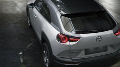 Mazda MX-30: visuale da dietro