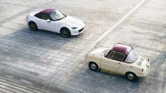 Mazda MX-5 100th Anniversary Edition e Mazda R360 a confronto