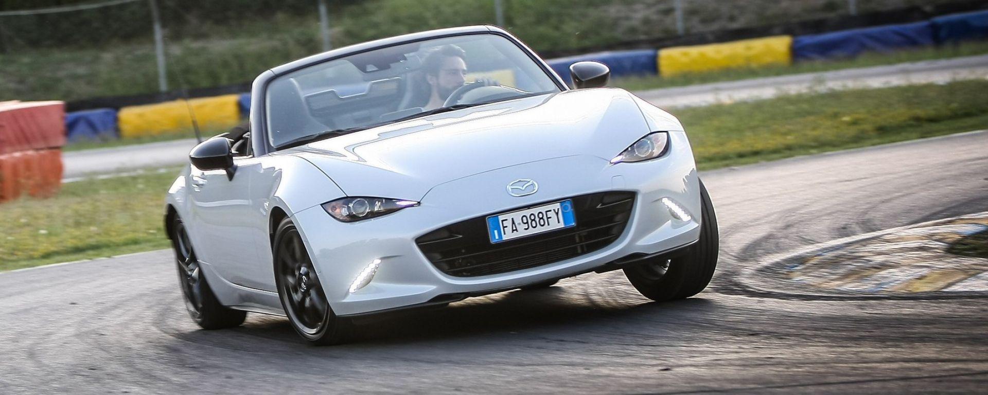 Mazda MX-5: ecco perché si guida così bene | Cool Factor