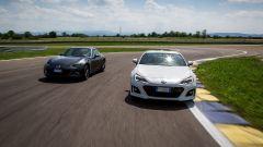 Mazda MX-5 RF vs Subaru BRZ 2017: la sfida in pista a Modena - Immagine: 1