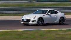 Mazda MX-5 RF vs. Subaru BRZ 2017: la Subaru è perfetta per imparare il drifting