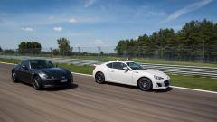 Mazda MX-5 RF vs. Subaru BRZ 2017: testa a testa