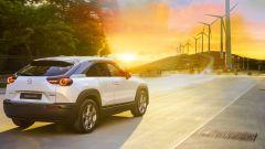 Mazda: non solo EV. Giù le emissioni anche con gli e-Fuel