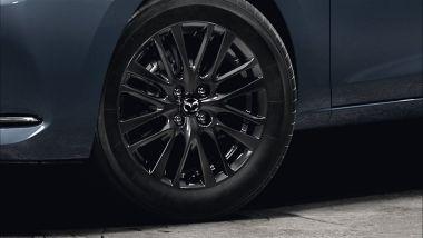 Mazda2 MY2022: allestimento Homura Special Edition con ruote nere da 16