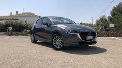 Mazda2 Skyactiv-G M Hybrid: 3/4 anteriore
