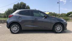 Mazda2 Skyactiv-G M Hybrid: laterale